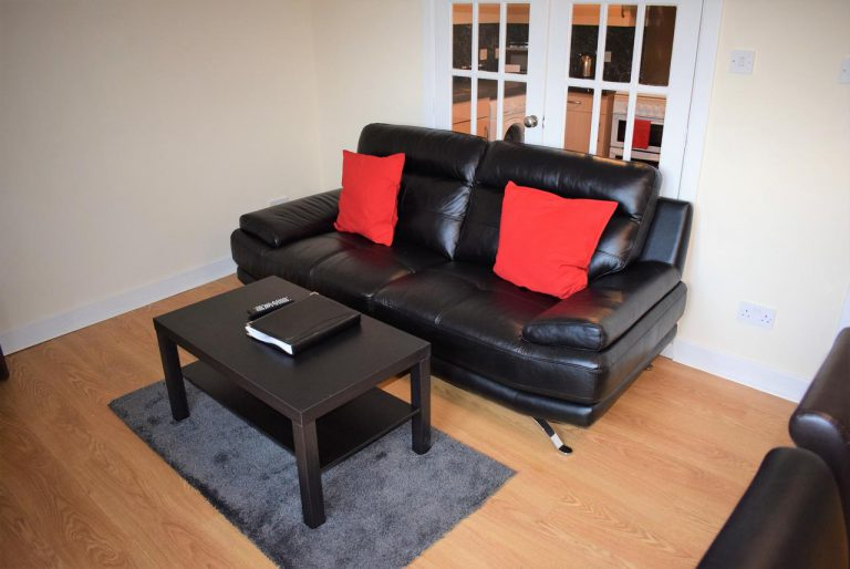 Callum Apartment- (3 Bedrooms) Livingston, Edinburgh