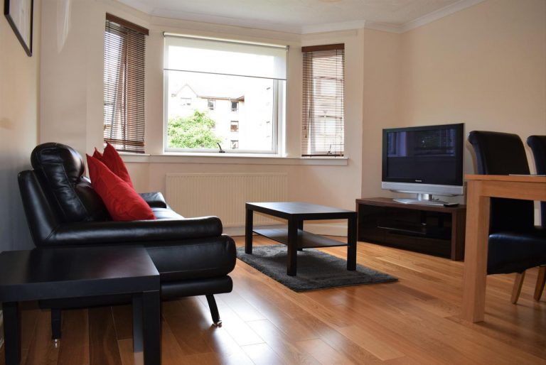 Cameron Apartment- (2 Bedrooms) Liberton, Edinburgh