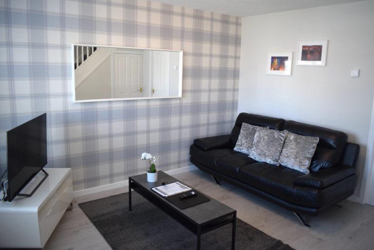 Jamieson Apartment (2 Bedrooms) Stenhousemuir, Falkirk
